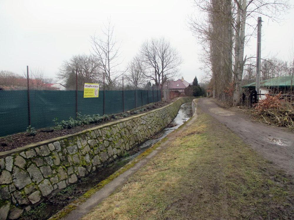 Cesta kolem Božkovského potoka